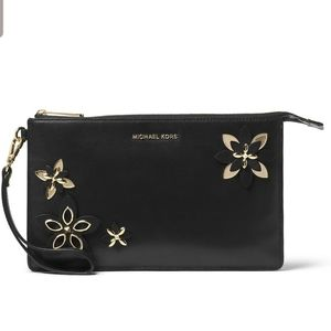 Michael Kors  Flowers Daniela Large Wristlet Black